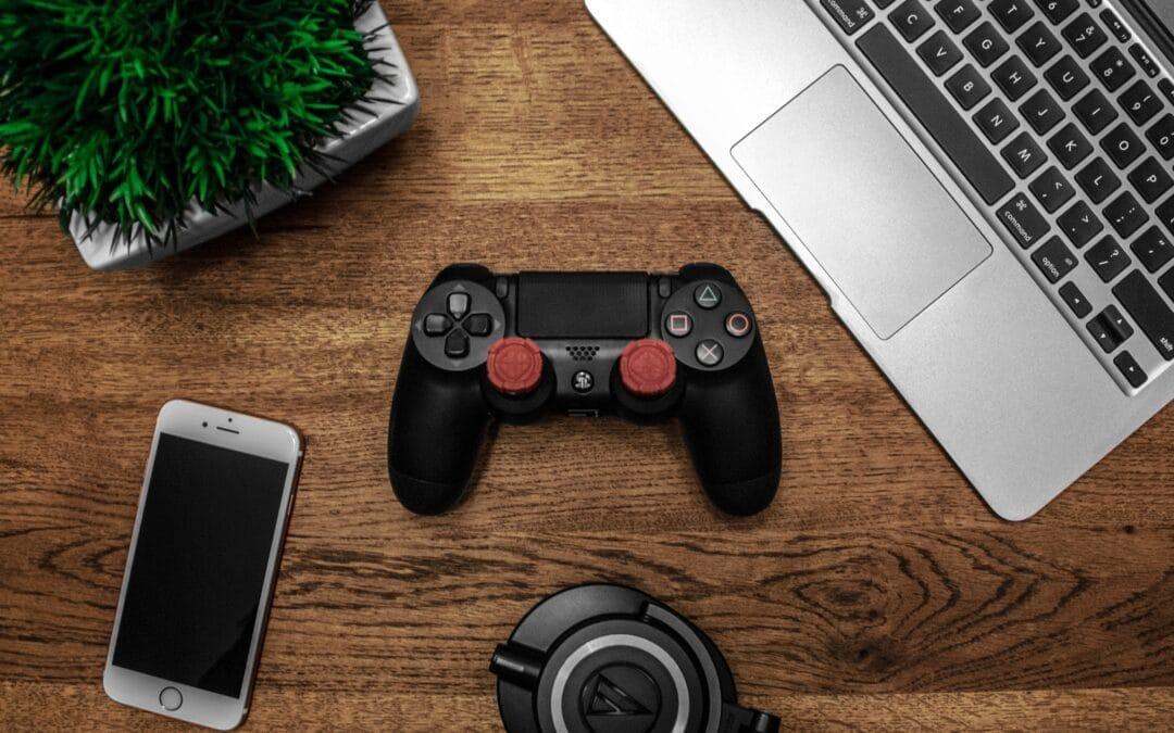 Mange spilentusiaster elsker at game på mobilen – men hvorfor?